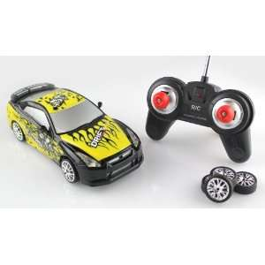 GTR WITH GRAPHICS (YELLOW) 1:18 Electric RTR Rc Car: Toys & Games