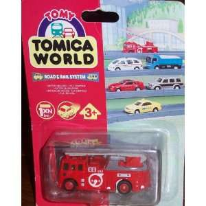 Tomica World Road & Rail System Motorised Fire Engine