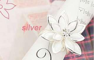 1Pcs New Fashion Beautiful Silver Girl Sweet Lotus Flower Finger Ring