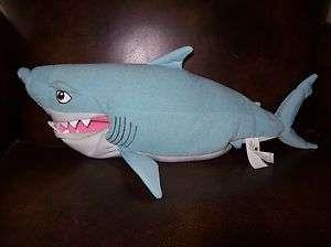 Biting bitin BRUCE talking shark Disney Finding NEMO 2002 plush toy