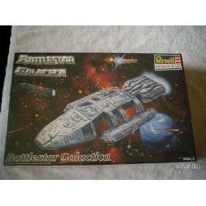 1997 Battlestar Galctica Revell Monogram Model Kit: Toys & Games