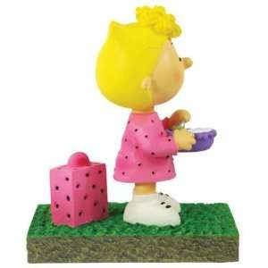 Peanuts   Sally Bus Stop Figurine