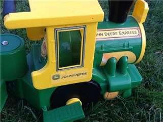John Deere Ride On Power Wheel Train Set Peg Perego Thomas Track