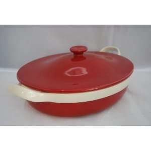 Wolfgang Puck 2.9qt Oval Covered Casserole Pan(red
