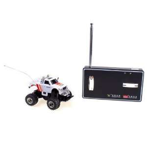 White RC Radio Remote Control Cross Country Racing Car Toy