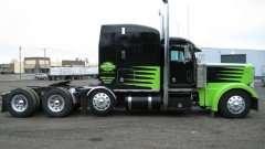 379 EXHD Semi Truck 2000 Peterbilt 379 EXHD Semi Truck
