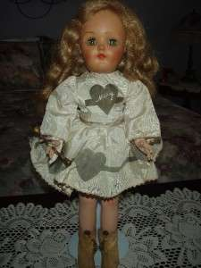 Very Pretty IDEAL MARY HARTLINE 16 Doll RARE CREAM DRESS COMPLETE V