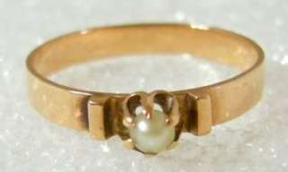 CHARMING ANTIQUE VICTORIAN 14K ROSE GOLD PEARL RING. PRONG SET 3 MM