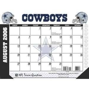 Dallas Cowboys 22x17 Academic Desk Calendar 2006 07