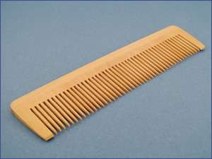 Natural Wood Dressing/Styling Hair Comb   STATIC FREE