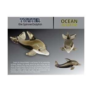THE SPINNER DOLPHIN LOOKING GLASS TORCH SCULPTURE: Home & Kitchen