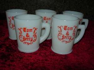 VINTAGE MCKEE CHRISTMAS TOM AND JERRY CUPS MUGS PRISTINE LOT OF 5
