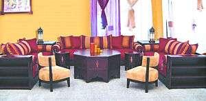 Salon Marocain Design et Moderne en Bois Verni Noir Artisanat