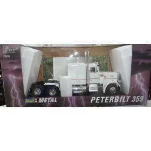 Revell Metal 1/24 Scale Peterbilt 359 Semi Truck Toys