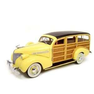 1939 CHEVROLET WOODY WAGON CREAM 118 DIECAST MODEL Everything Else