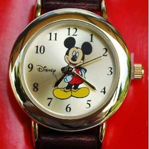Walt Disney MICKEY MOUSE Lady Gold Leather Watch W9G17