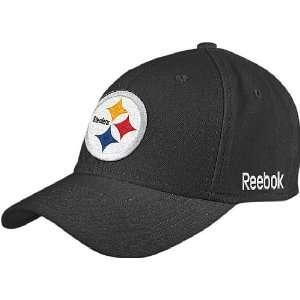 Reebok Pittsburgh Steelers NFL Sidelines Flex Fit Sized